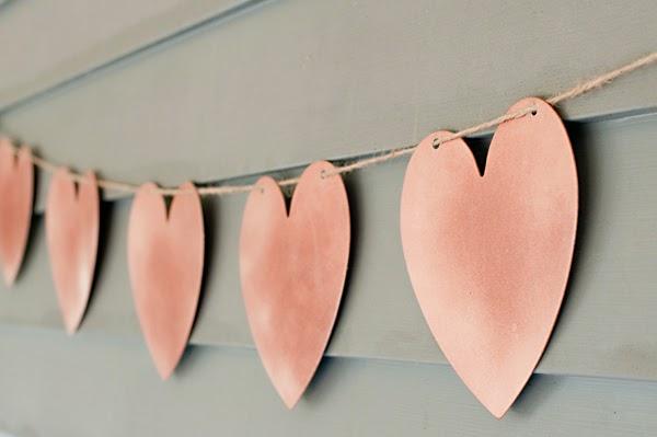 diy-guirnalda-corazones-decoracion-boda
